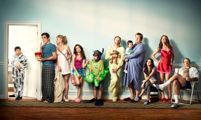 Modern-Family-EW-Photoshoot-modern-family-17014574-1280-969