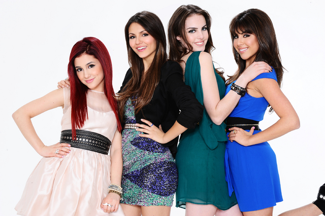 Girls-form-Victorious-ariana-grande-and-victoria-justice-23307086-640-426